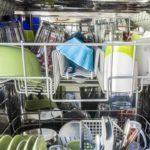 Wie sollte man einen Geschirrspüler einräumen?