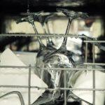 Der Geschirrspüler trocknet nicht mehr richtig – Ursachen und Lösungen